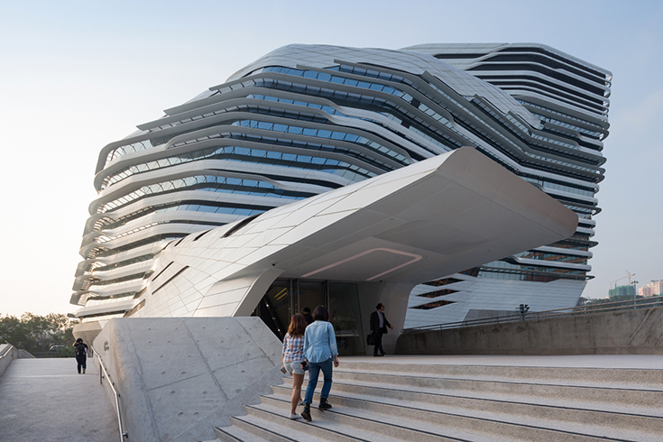 Jockey Club Innovation Tower в Гонконге. Zaha Hadid Architects, 2014