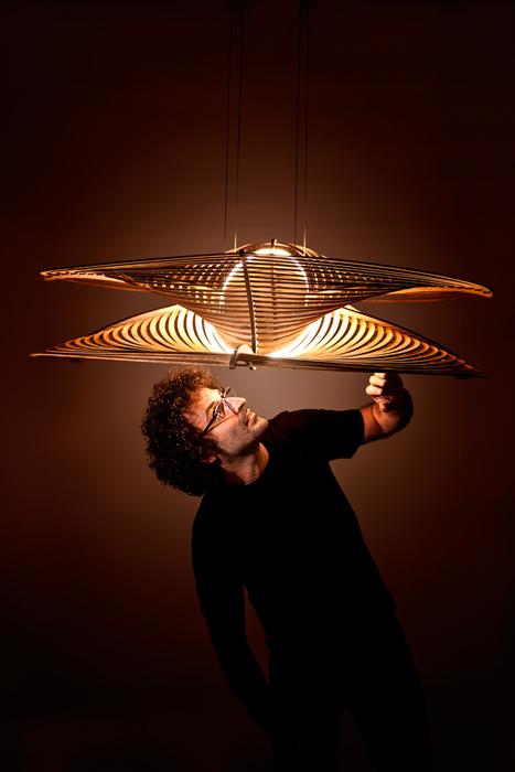 """Мауро и его светильник из дерева """"MathOne"""""""