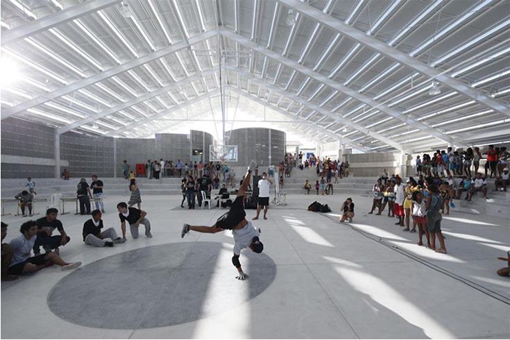 Arena de Morro, Herzog & de Meuron