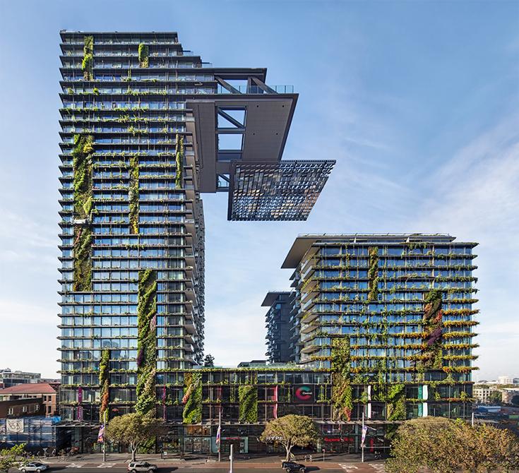 Здание One Central Park, Сидней. Архитектор Жан Нувель