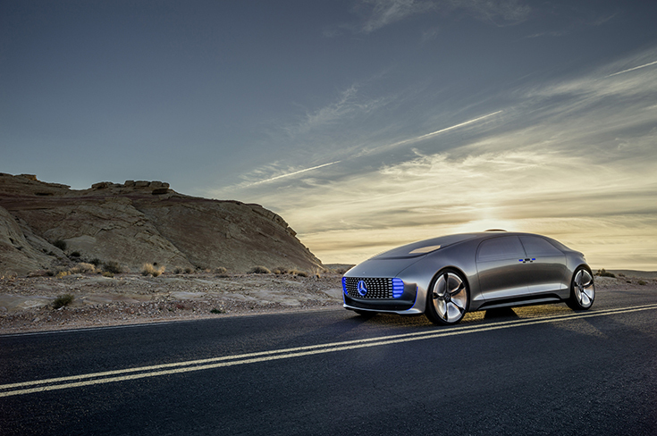 Автомобиль Mercedes-Benz F 015 Luxury In Motion