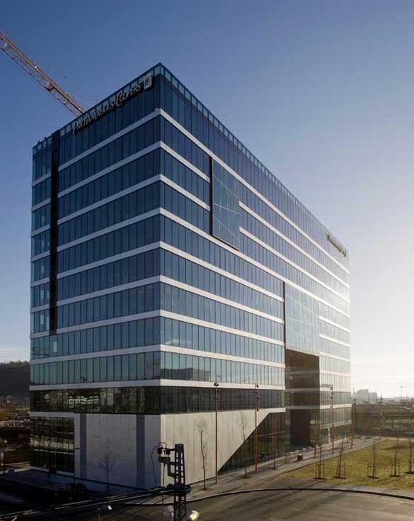 """Первое здание """"Штрих-кода"""" - офис компании PWC, спроектированное a-lab"""