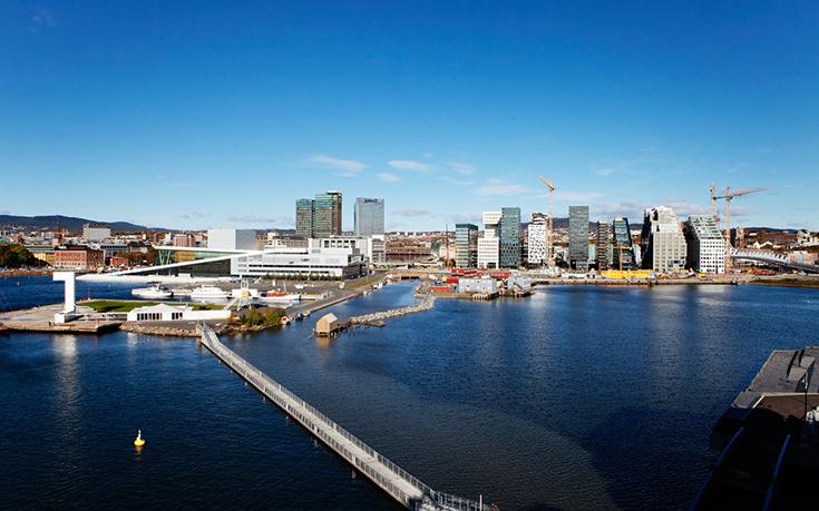 Вид на Осло со стороны порта