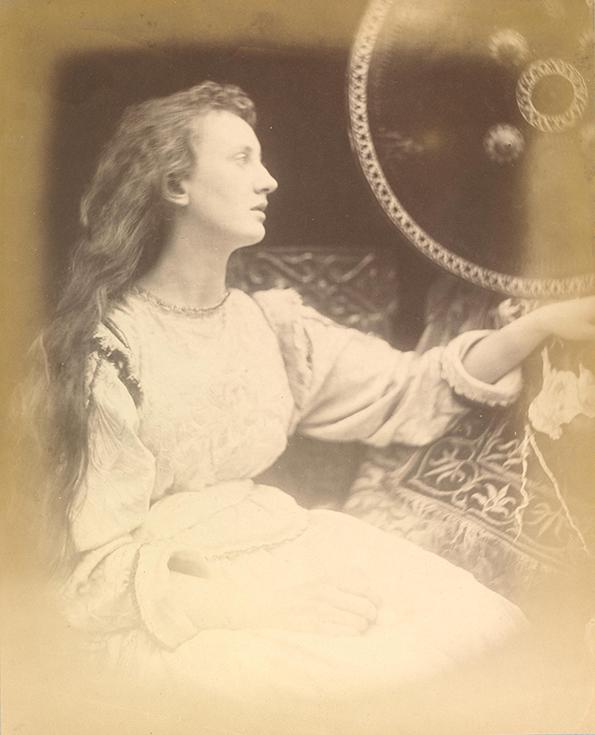 """Элейн. Фотография Джулии Кэмерон к поэме Теннисона """"Ланселот и Элейн"""""""