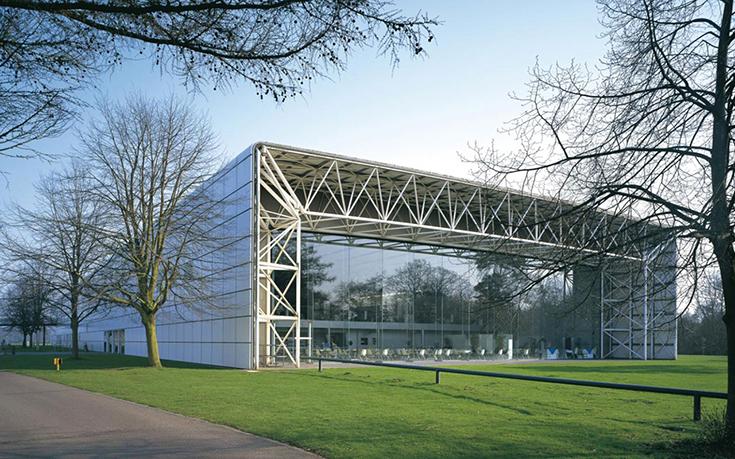 Центр искусств Sainsbury, архитектор Норман Фостер