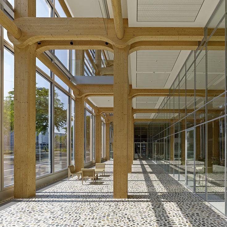 Интерьер здания Tamedia в Цюрихе